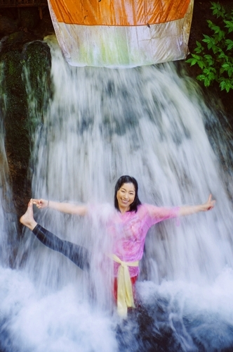 バリで聖なる沐浴体験!究極の浄化スポットTop3