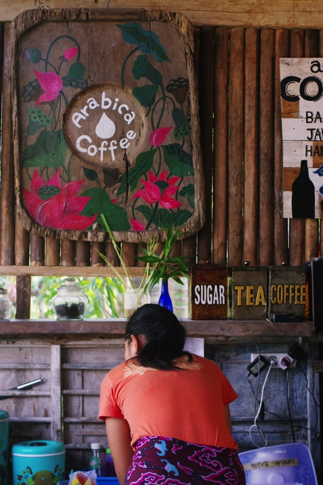 Bali warung 00032
