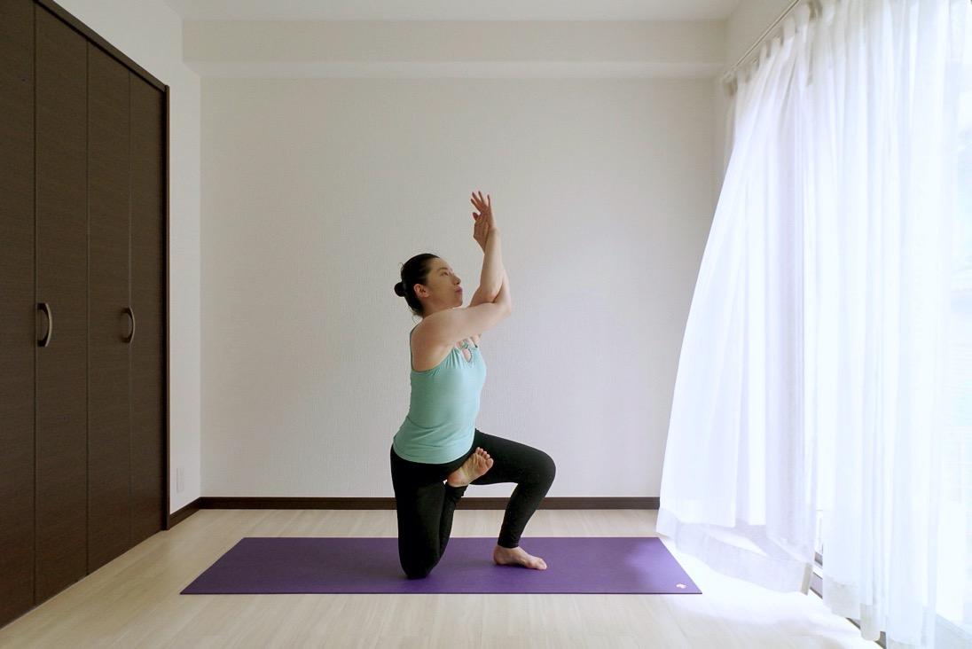 Yoga zoom20001